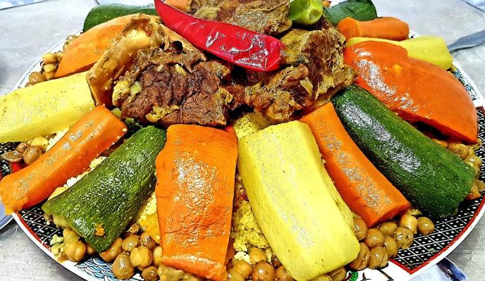 كسكس المغرب العربي باللحم والخضار